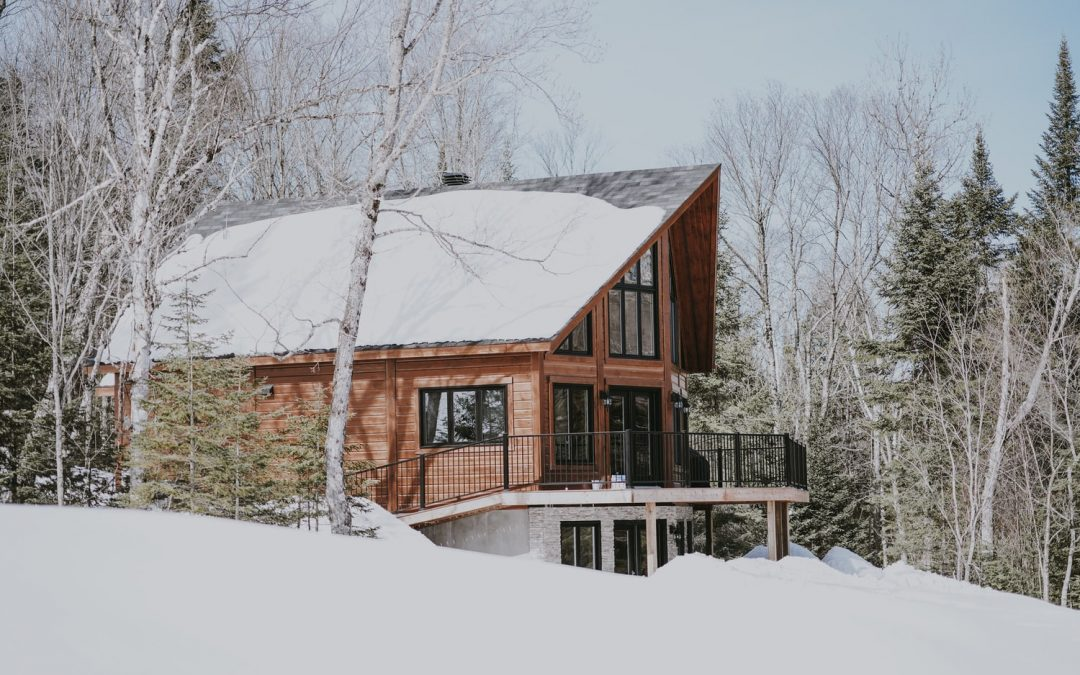 How Snow and Ice Can Affect Your Roof